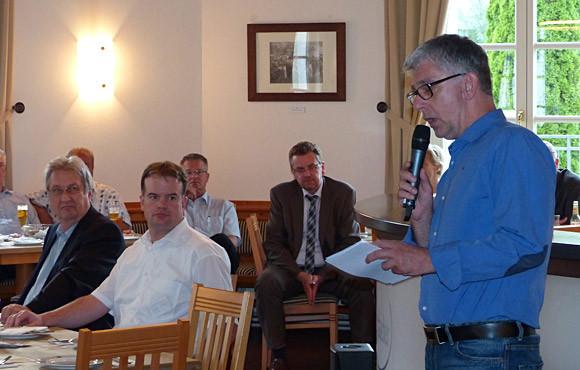 Informationen rund um den TuS gab es von Geschäftsführer Frank Böcking. (Foto: TuS Ferndorf)
