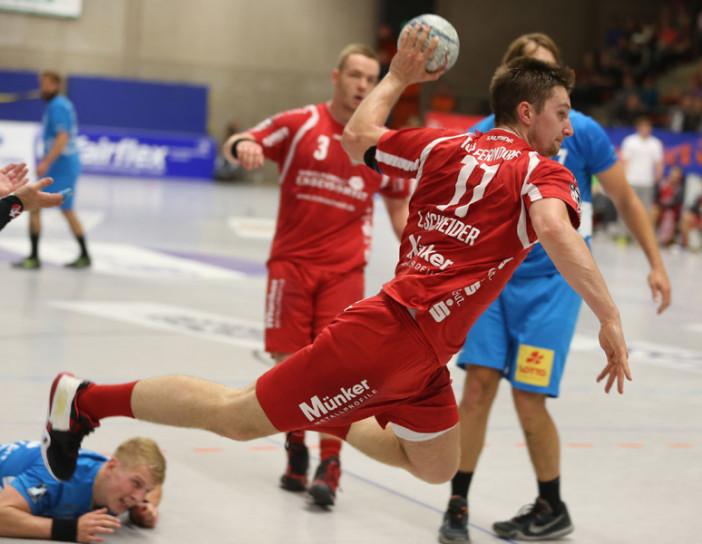 Lucas Schneider war - vor allem in der ersten Hälfte - überragender Spieler auf Ferndorfer Seite (Foto: Schaumann)