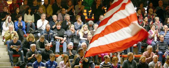 Viele Ferndorfer Zuschauer wollen am Freitagabend nach Hagen und dort den TuS unterstützen. (Foto: Horst Schaumann)