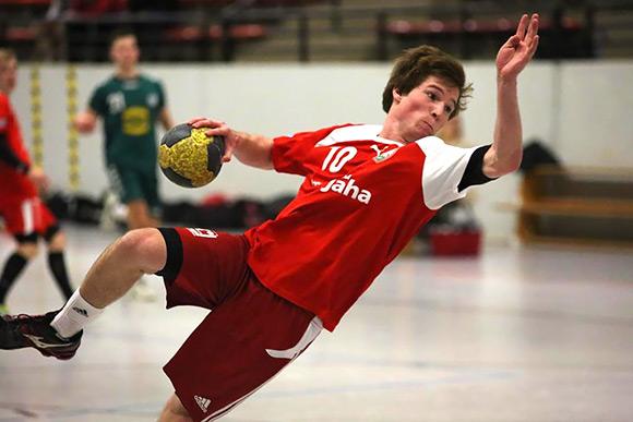 Fabian Wurm erzielt eines seiner Tore (Foto: J.Klein)