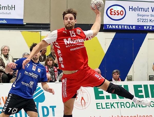 uch Niklas Weis beteiligt sich nach seiner langwierigen Verletzung wieder am Torewerfen. Gegen Ratingen netzte er sechs mal ein (Foto: Schaumann)