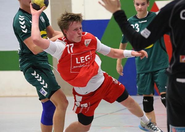 Kreisläufer Mattis Michel in Aktion. (Foto: J.Klein)